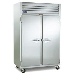 """Traulsen G26014P 52"""" Two Section Pass Thru Refrigerator, (2) Left/Right Hinge Solid/Glass Doors, 115v"""