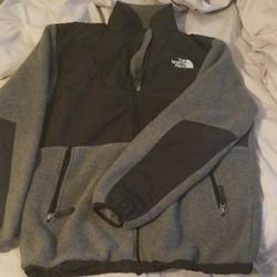 The North Face Jackets & Coats   Boys Size Xl North Face Jacket   Color: Black/Gray   Size: Xlb