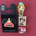 Disney Other   Disney Minnie Mouse Pins   Color: black   Size: Os