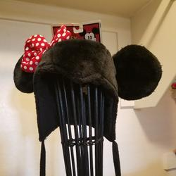 Disney Other | Minnie Mouse Winter Hat | Color: Black | Size: 15+