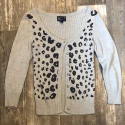 American Eagle Outfitters Sweaters | Ae Grey And Navy Blue Cheetah Print Sweater | Color: Blue/Gray | Size: Sp