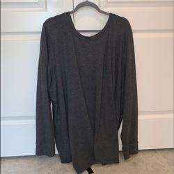 Torrid Sweaters   Plus Size Sweater   Color: Black/Gray   Size: 4 Torrid