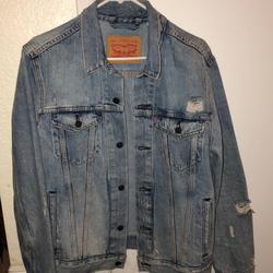 Levi's Jackets & Coats   Ripped Levis Denim Jacket   Color: Blue   Size: M