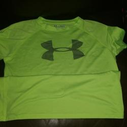 Under Armour Shirts & Tops | Boys Youth Under Armour Large Tshirt | Color: Green | Size: Lb