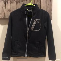 Under Armour Jackets & Coats   Boys Under Armour Jacket Size Large   Color: Black   Size: Lb