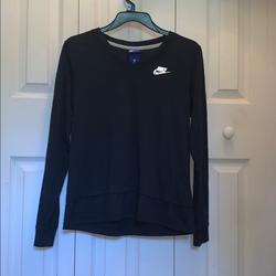 Nike Tops | Black Nike Long Sleeve V-Neck Long Sleeve Shirt | Color: Black | Size: Xs