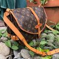 Louis Vuitton Bags   Saumur 35 Messenger Authentic Bag Louis Vuitton   Color: Brown   Size: H:10.2x W:13.8 X D:5.1, H:26 Cm X W: 35 X D:13 Cm