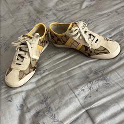 Coach Shoes   Coach Casual Shoes   Color: Brown/Cream   Size: 7
