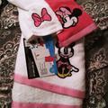 Disney Bath   Nwot Disney Minnie Mouse 3 Pc Bath Towel Set   Color: Pink/White   Size: 3 Pc Set
