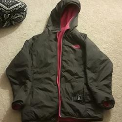 The North Face Jackets & Coats   Girl Jkt Reversible   Color: Gray/Pink   Size: Xlg