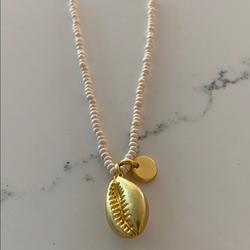 Madewell Jewelry   Madewell New Seashell Necklace   Color: Gold   Size: Os
