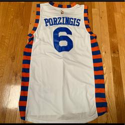 Adidas Shirts   Kristaps Porzingis New York Knicks Jersey   Color: White   Size: M