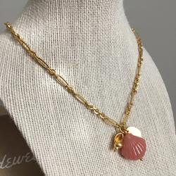 Madewell Jewelry   Madewell Seashells Necklace   Color: Gold/Pink   Size: 17 Length + 3 Extender