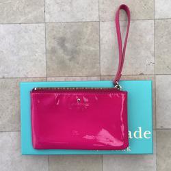 Kate Spade Bags   Kate Spade Fuschia Kate Spade Wristlet   Color: Pink   Size: Os