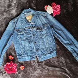 Levi's Jackets & Coats | Levis Jean Jacket Trucker Classic Denim Xs | Color: Blue | Size: Xs