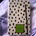 Kate Spade Office   Kate Spade Writing Journal   Color: Black/Cream   Size: 8.5x5.25x58