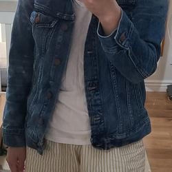 Madewell Jackets & Coats   Madewell Classic Jean Jacket Xs Vintage Denim Blue   Color: Blue   Size: Xs