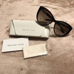 Michael Kors Accessories   Michael Kors Sunglasses Mk2009   Color: Black   Size: 56-16-135