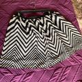 American Eagle Outfitters Skirts | Euc , American Eagle Outfitters , Skirt , Size L | Color: Black/Red | Size: L