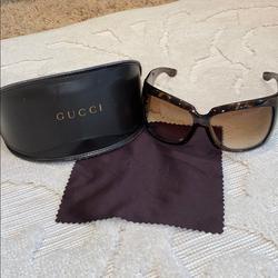 Gucci Accessories | Gucci Womens Designer Sunglasses | Color: Brown | Size: Os