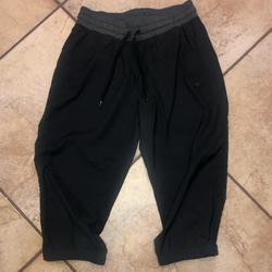 Nike Pants & Jumpsuits   Nike Capri Joggers Size Small   Color: Black   Size: S