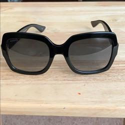 Gucci Accessories | Gucci Womens Designer Sunglasses Blackblue Nwot | Color: Black | Size: 54-22-140