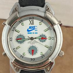 Nike Accessories   Nike Casual Sports Watch Date Black Leather Strap   Color: Black/Silver   Size: 1.5 Inch Case Diameter 9 Inch Long