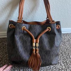Michael Kors Bags | Medium Michael Kors Monogram Tote Bag | Color: Brown | Size: Medium Tote
