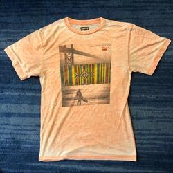 Levi's Shirts   Levis San Francisco Surf Tee Shirt   Color: Black/Pink   Size: M