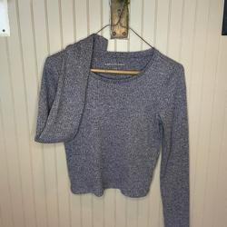 American Eagle Outfitters Tops   American Eagle Gray Ls Top   Color: Gray   Size: S