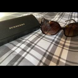 Burberry Accessories | Burberry Tortoise Oversized Sunglasses | Color: Brown/Cream | Size: Os