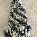 American Eagle Outfitters Accessories | American Eagle Outfitters Aeo Winter Beanie Hat | Color: Black/White | Size: Os