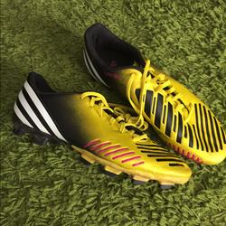 Adidas Shoes | Mens Adidas Predator Soccer Cleats Sports Shoes | Color: Black/Yellow | Size: 7
