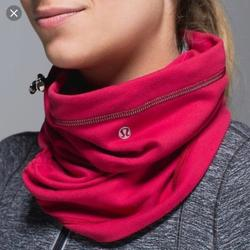 Lululemon Athletica Accessories   Like New Lululemon Run Fast Neck Warmer In Berry   Color: Pink/Red   Size: Os