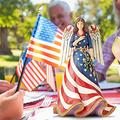 Patriotic Angel with Flag Dress Figurine, American Faith Patriotic Angel Statue Religious Decorations for Home Office, Independence Day Female Angel Decoration Resin Craft Memorial Day Decor Gift