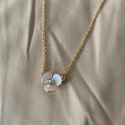 Kate Spade Jewelry | Kate Spade Necklace Pearl Flower Necklace | Color: White | Size: Os