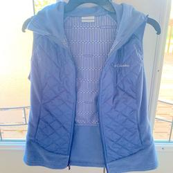 Columbia Jackets & Coats   Light Blue Columbia Womens Thermal Vest   Color: Blue   Size: S