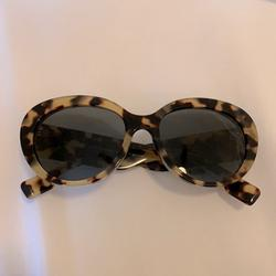 Burberry Accessories   Burberry Tortoise Sunglasses   Color: Brown/Tan   Size: Os