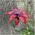 LKKT Garden Stake Patio Yard Decor Metal Flower Decoration , Metal Garden Flower Pile Decoration , Hand-Forged Metal Garden Art for Outdoor Garden and Yard Decoration (Red)