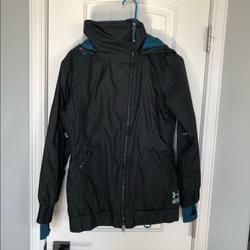Under Armour Jackets & Coats   Black Under Armour Mtn Skisnowboard Jacket   Color: Black/Blue   Size: Xs