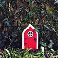 XXXXW Garden Sculpture Creative Yard Art Garden Sculpture Decor Home Window Door for Trees Open Doors Gnome Garden Accessory Home Decoration Gifts Gardening Gifts (Color : Red)
