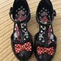 Disney Shoes   Little Girl Minnie Mouse Black Patent Dress Shoes   Color: Black/Red   Size: 13g
