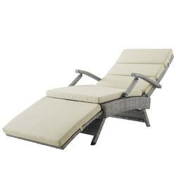 Modern Contemporary Urban Design Outdoor Patio Balcony Garden Furniture Lounge Chair Chaise, Rattan Wicker, Light Gray Beige