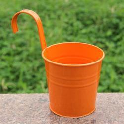 ROBOT-GXG Mini Hanging Flower Pot - Patio Hanging Pots for Plants - Mini Metal Iron Hanging Flower Pot with Hook Metal Bucket Planter Iron Flower Pot Hanging Planter Railling Planter Fence Planter