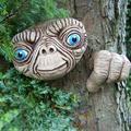Tree Face ET Alien Face Ornament Resin Statue Garden Home Wall Tree Pendant Creative Decor