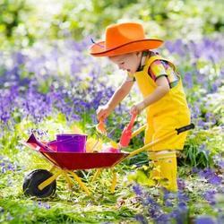 Outdoor Garden Backyard Play Toy Kids Metal Wheelbarrow-Red