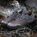 CACAGOO Unisex Water Shoes Breathable Lightweight -Slip Wearproof Quick Dry Soft Swimming Aqua Shoes Outdoors Sneakers