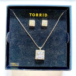 Torrid Jewelry   Cubic Zirconia Square Necklace And Earrings Set   Color: Silver   Size: Os