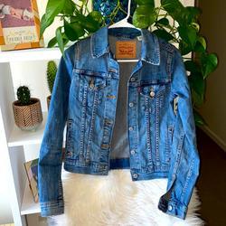 Levi's Jackets & Coats | Levis Denim Jean Jacket Size Xs | Color: Blue/Silver | Size: Xs