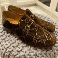 Gucci Shoes | Gucci Jordan'S Velvet Brown Loafers | Color: Brown/Tan | Size: 10